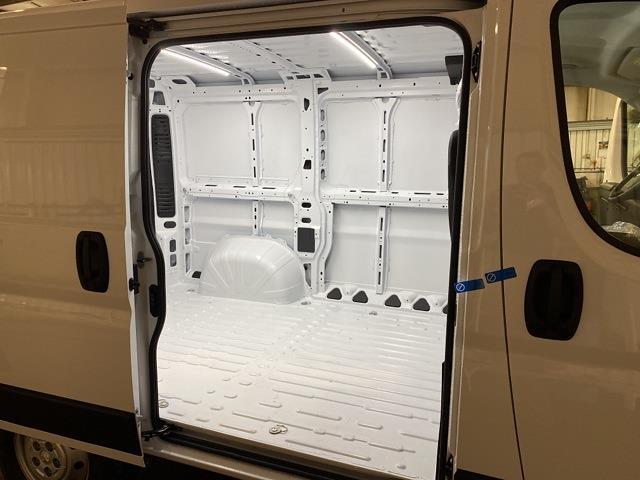 2021 ProMaster 1500 Standard Roof FWD,  Empty Cargo Van #13902M - photo 3