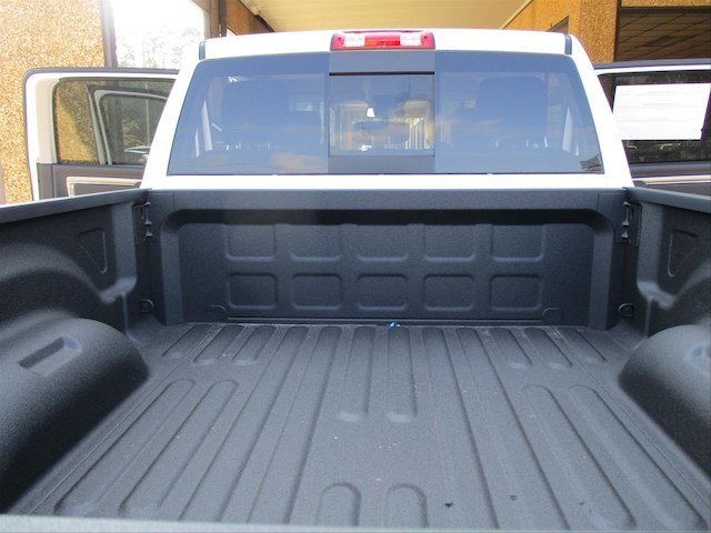 2018 Ram 2500 Crew Cab 4x4 Pickup #107137 - photo 26
