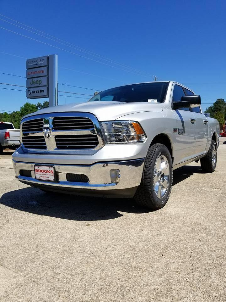 2018 Ram 1500 Crew Cab 4x4,  Pickup #108956 - photo 3