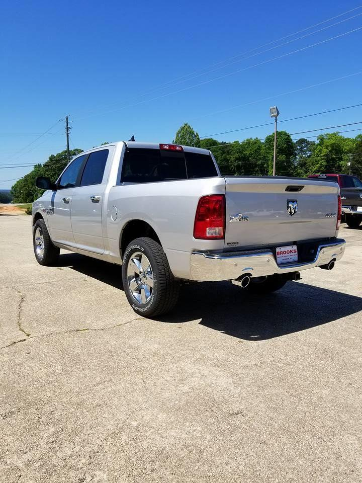 2018 Ram 1500 Crew Cab 4x4,  Pickup #108956 - photo 4