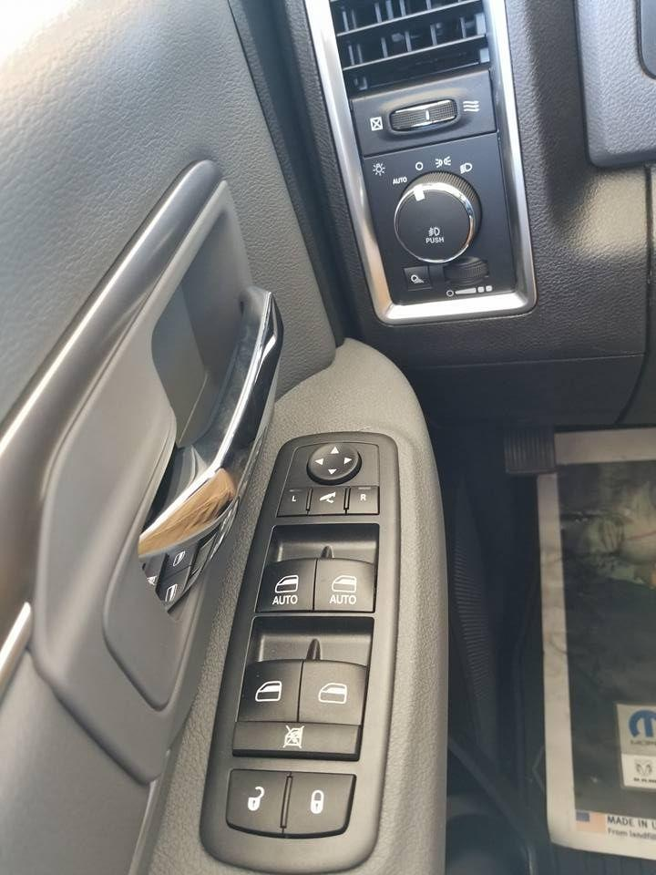 2018 Ram 1500 Crew Cab 4x4,  Pickup #108956 - photo 17