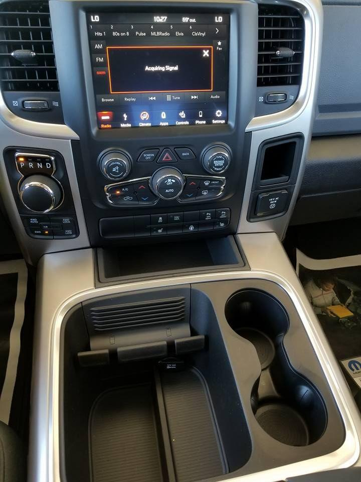 2018 Ram 1500 Crew Cab 4x4, Pickup #108956 - photo 19