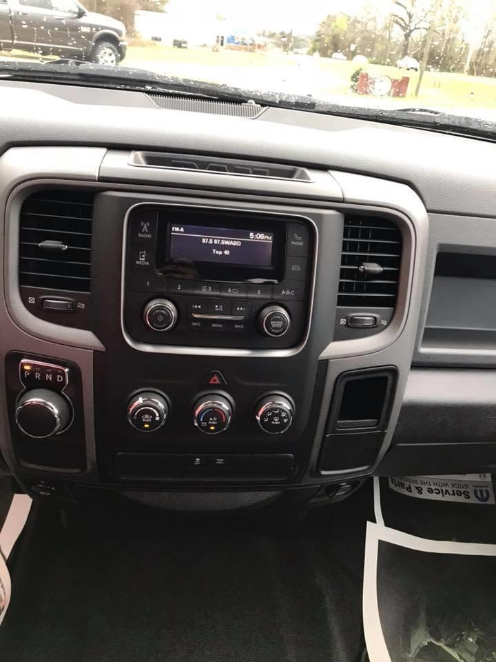 2018 Ram 1500 Crew Cab 4x2,  Pickup #155219 - photo 16