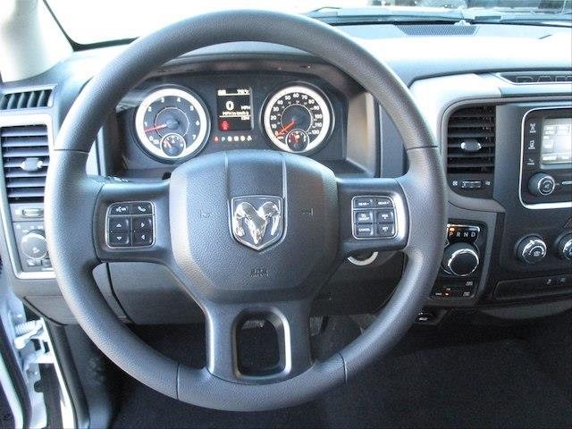 2018 Ram 1500 Crew Cab 4x4,  Pickup #189365 - photo 10