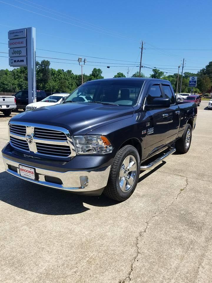2018 Ram 1500 Crew Cab 4x4,  Pickup #276950 - photo 4