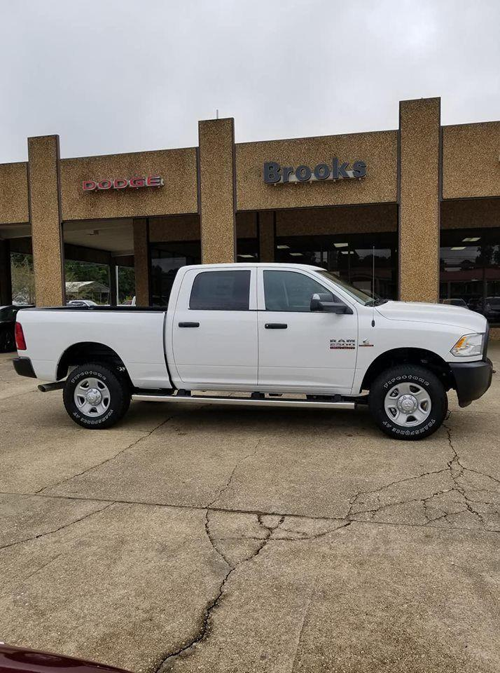2018 Ram 2500 Crew Cab 4x4,  Pickup #333282 - photo 5