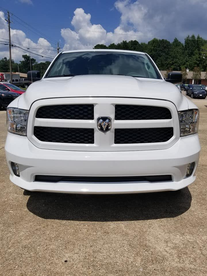2018 Ram 1500 Crew Cab 4x4,  Pickup #337837 - photo 7