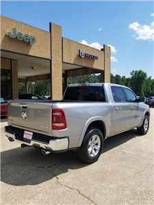 2019 Ram 1500 Crew Cab 4x4,  Pickup #505369 - photo 5