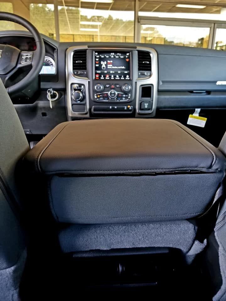 2019 Ram 1500 Crew Cab 4x2,  Pickup #515661 - photo 22