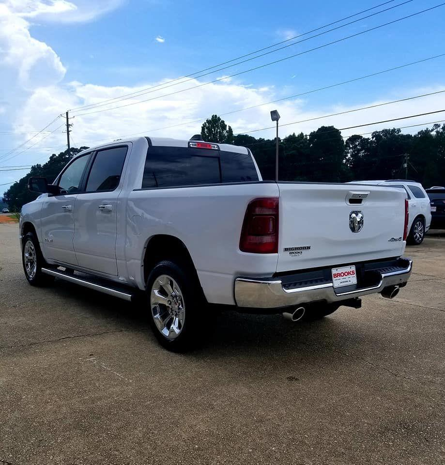 2019 Ram 1500 Crew Cab 4x4,  Pickup #606232 - photo 4