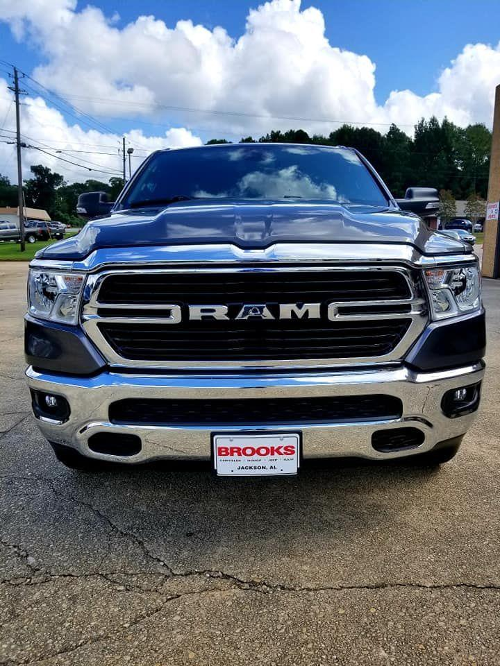 2019 Ram 1500 Crew Cab 4x4,  Pickup #626013 - photo 6