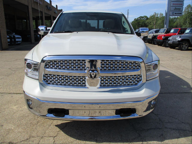 2017 Ram 1500 Crew Cab 4x4, Pickup #688455 - photo 5
