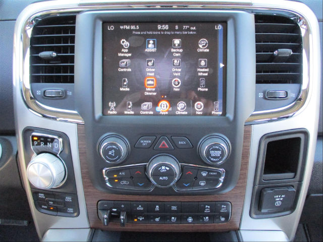 2017 Ram 1500 Crew Cab 4x4 Pickup #780816 - photo 13
