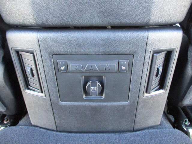 2017 Ram 1500 Crew Cab 4x4 Pickup #780816 - photo 20
