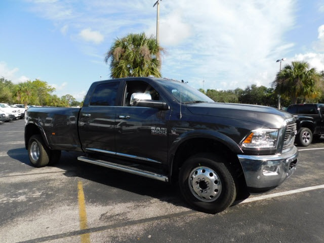 2018 Ram 3500 Crew Cab DRW 4x4 Pickup #JG182934 - photo 5
