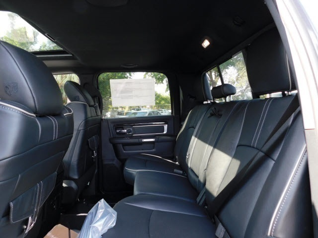 2018 Ram 3500 Crew Cab DRW 4x4, Pickup #JG182934 - photo 14