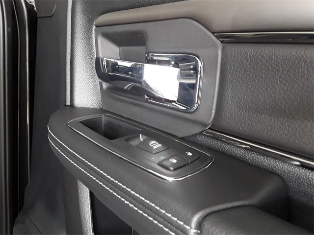 2018 Ram 2500 Crew Cab 4x4, Pickup #JG217298 - photo 28
