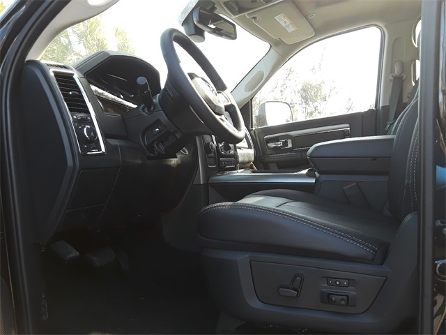 2018 Ram 3500 Crew Cab DRW 4x4, Pickup #JG220917 - photo 13
