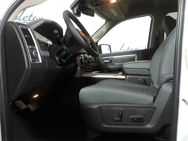 2018 Ram 1500 Crew Cab 4x4,  Pickup #JG226627 - photo 11