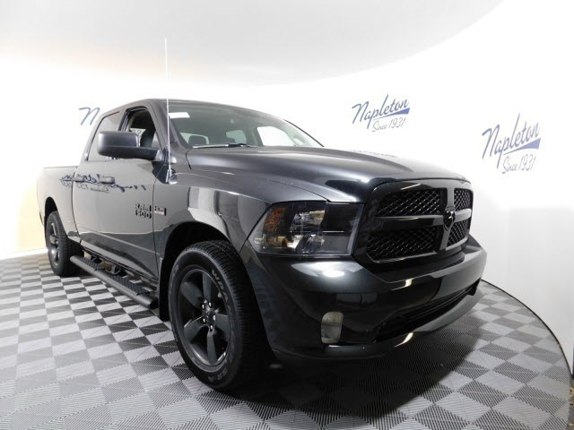 2018 Ram 1500 Quad Cab, Pickup #JS101065 - photo 3