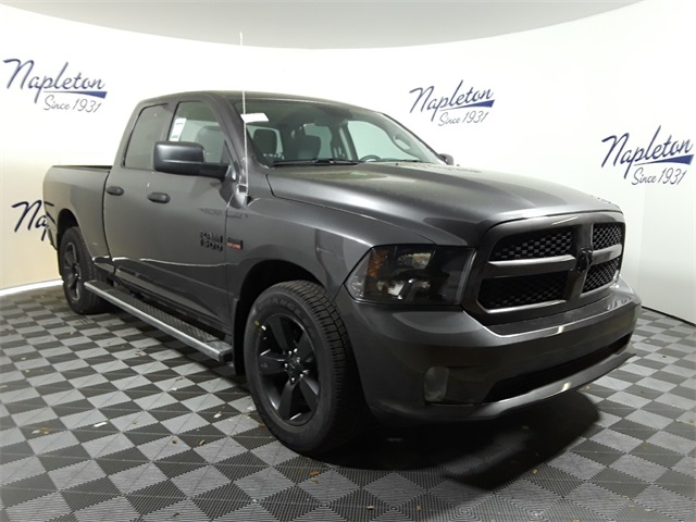 2018 Ram 1500 Quad Cab 4x2,  Pickup #JS239186 - photo 31