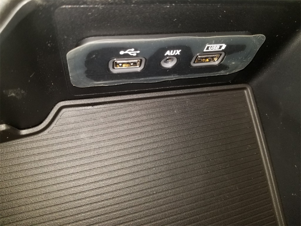 2018 Ram 1500 Crew Cab 4x2,  Pickup #JS285463 - photo 11