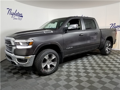 2019 Ram 1500 Crew Cab 4x4,  Pickup #KN513788 - photo 1