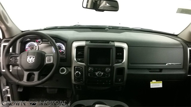 2018 Ram 1500 Crew Cab 4x4,  Pickup #18R122 - photo 7