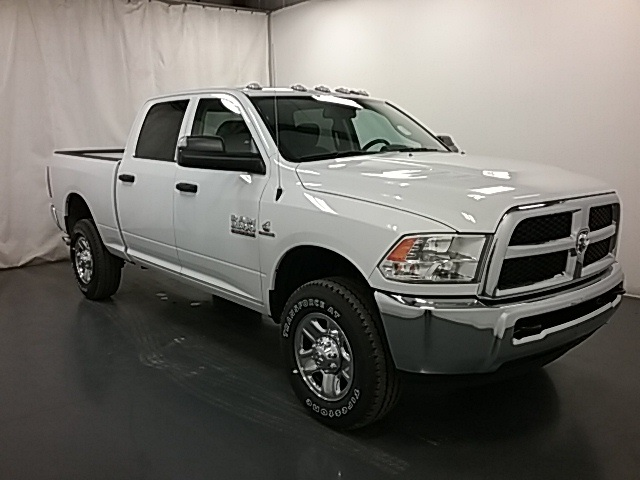 2018 Ram 2500 Crew Cab 4x4,  Pickup #18R158 - photo 3