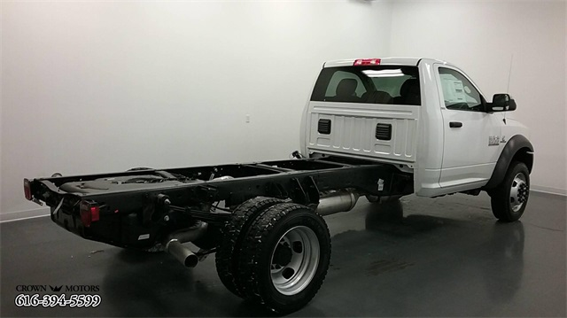 2018 Ram 5500 Regular Cab DRW 4x4,  Cab Chassis #18R42 - photo 4
