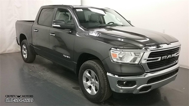 2019 Ram 1500 Crew Cab 4x4,  Pickup #19R09 - photo 3
