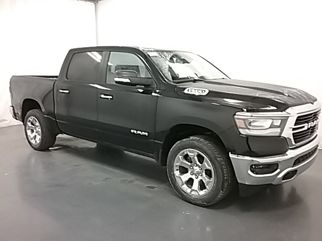 2019 Ram 1500 Crew Cab 4x4,  Pickup #19R100 - photo 3