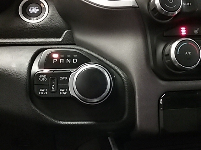 2019 Ram 1500 Crew Cab 4x4,  Pickup #19R100 - photo 13