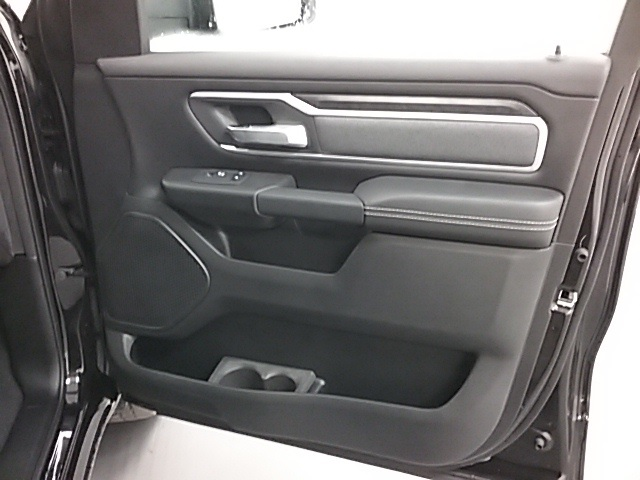 2019 Ram 1500 Crew Cab 4x4,  Pickup #19R100 - photo 24