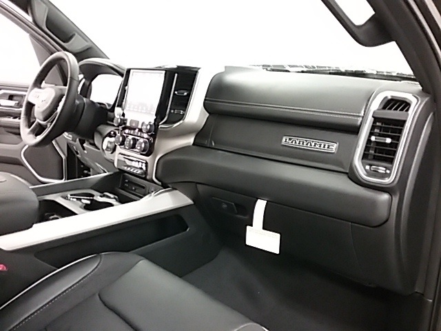 2019 Ram 1500 Crew Cab 4x4,  Pickup #19R101 - photo 24