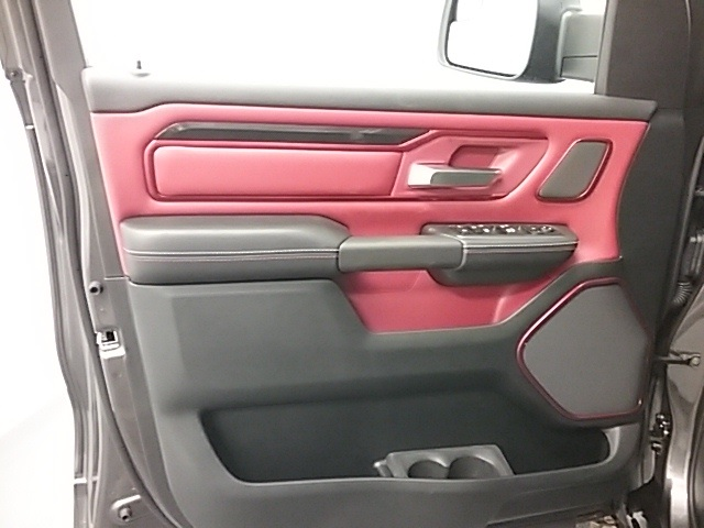 2019 Ram 1500 Crew Cab 4x4,  Pickup #19R105 - photo 7