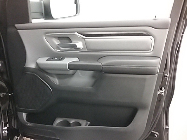 2019 Ram 1500 Crew Cab 4x4,  Pickup #19R109 - photo 21