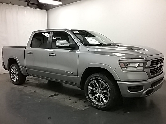 2019 Ram 1500 Crew Cab 4x4,  Pickup #19R113 - photo 3
