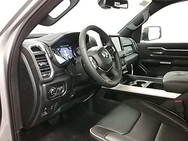 2019 Ram 1500 Crew Cab 4x4,  Pickup #19R113 - photo 6