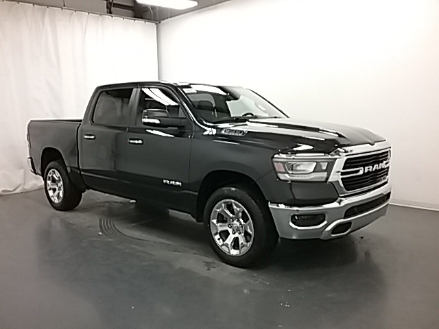 2019 Ram 1500 Crew Cab 4x4,  Pickup #19R115 - photo 3