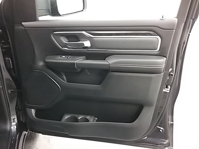 2019 Ram 1500 Crew Cab 4x4,  Pickup #19R115 - photo 24