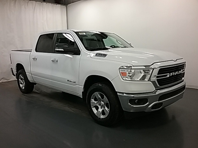 2019 Ram 1500 Crew Cab 4x4,  Pickup #19R77 - photo 3