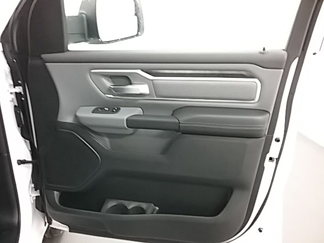 2019 Ram 1500 Crew Cab 4x4,  Pickup #19R98 - photo 22