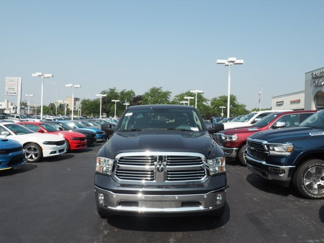 2018 Ram 1500 Crew Cab 4x4,  Pickup #CTPRT192 - photo 3