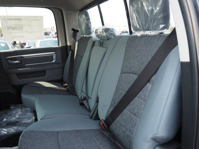 2018 Ram 1500 Crew Cab 4x4,  Pickup #CTPRT192 - photo 8