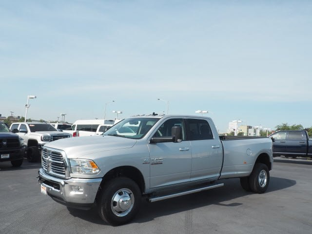 2017 Ram 3500 Crew Cab DRW 4x4 Pickup #RT17132 - photo 6