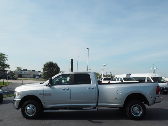 2017 Ram 3500 Crew Cab DRW 4x4 Pickup #RT17132 - photo 7