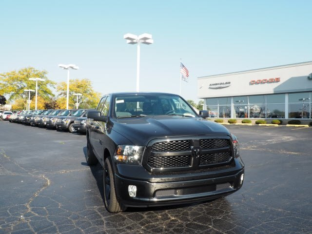 2018 Ram 1500 Crew Cab 4x4,  Pickup #RT18008 - photo 3