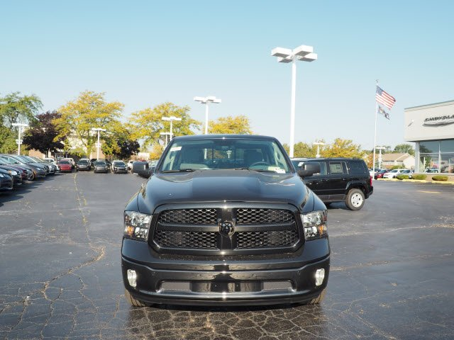 2018 Ram 1500 Crew Cab 4x4,  Pickup #RT18008 - photo 4