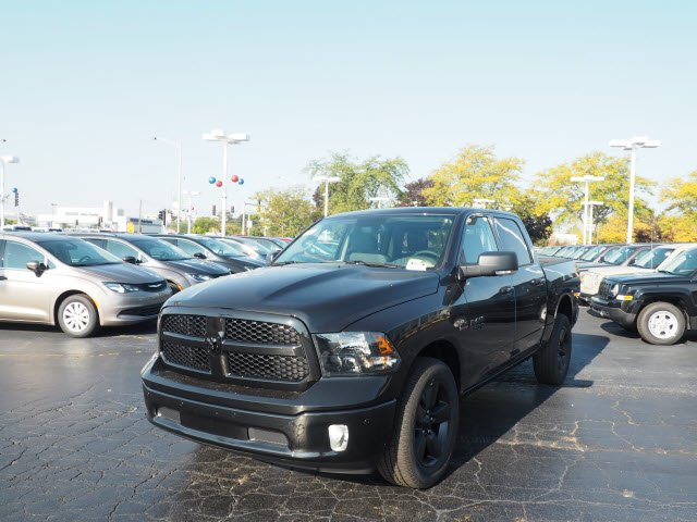 2018 Ram 1500 Crew Cab 4x4,  Pickup #RT18008 - photo 5